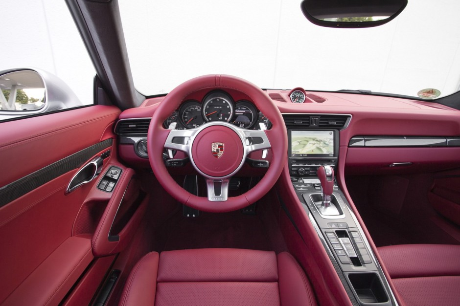 essai porsche 911 turbo s au volant de la type 991 turbo s 2013 photo 12 l 39 argus. Black Bedroom Furniture Sets. Home Design Ideas