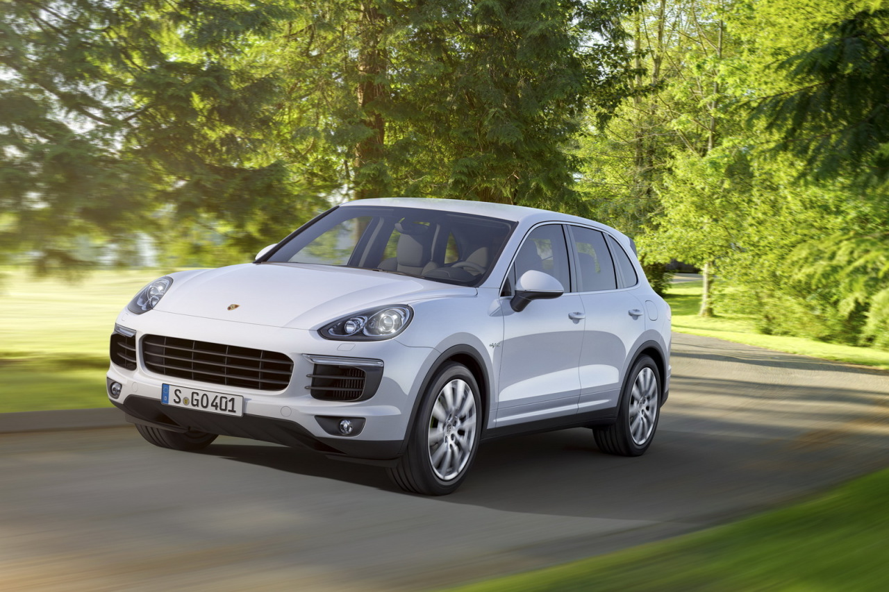 porsche cayenne 2015 l ger restylage et nouveaux moteurs l 39 argus. Black Bedroom Furniture Sets. Home Design Ideas