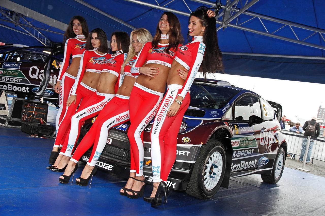 championnat du monde des rallyes wrc du rififi dans les pneus photo 11 l 39 argus. Black Bedroom Furniture Sets. Home Design Ideas