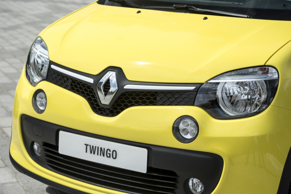 prix renault twingo 2014 partir de 11 900 euros en angleterre photo 3 l 39 argus. Black Bedroom Furniture Sets. Home Design Ideas