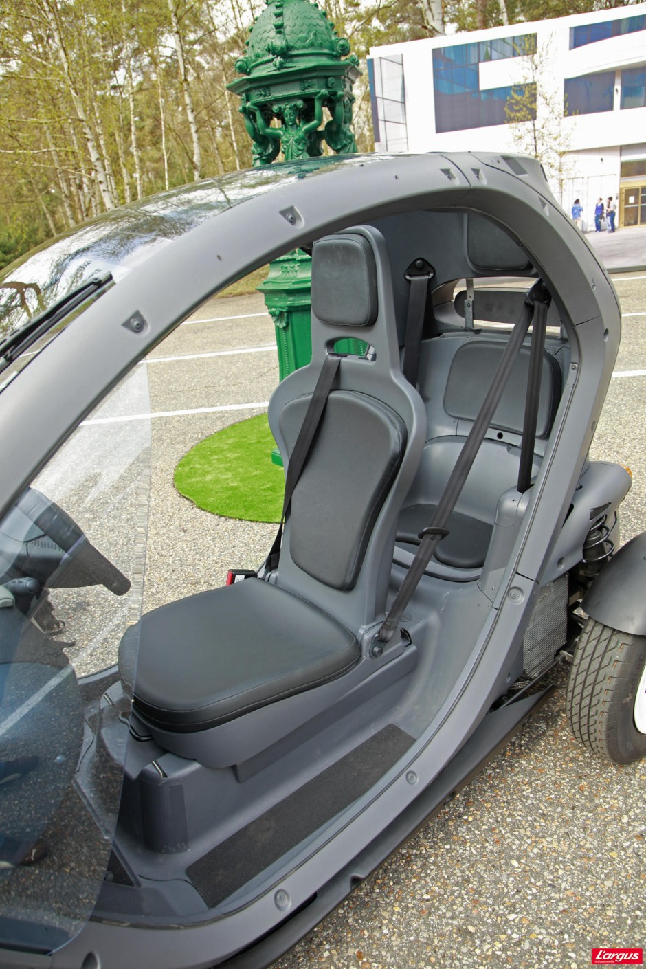 renault twizy le bon format lectrique photo 4 l 39 argus. Black Bedroom Furniture Sets. Home Design Ideas