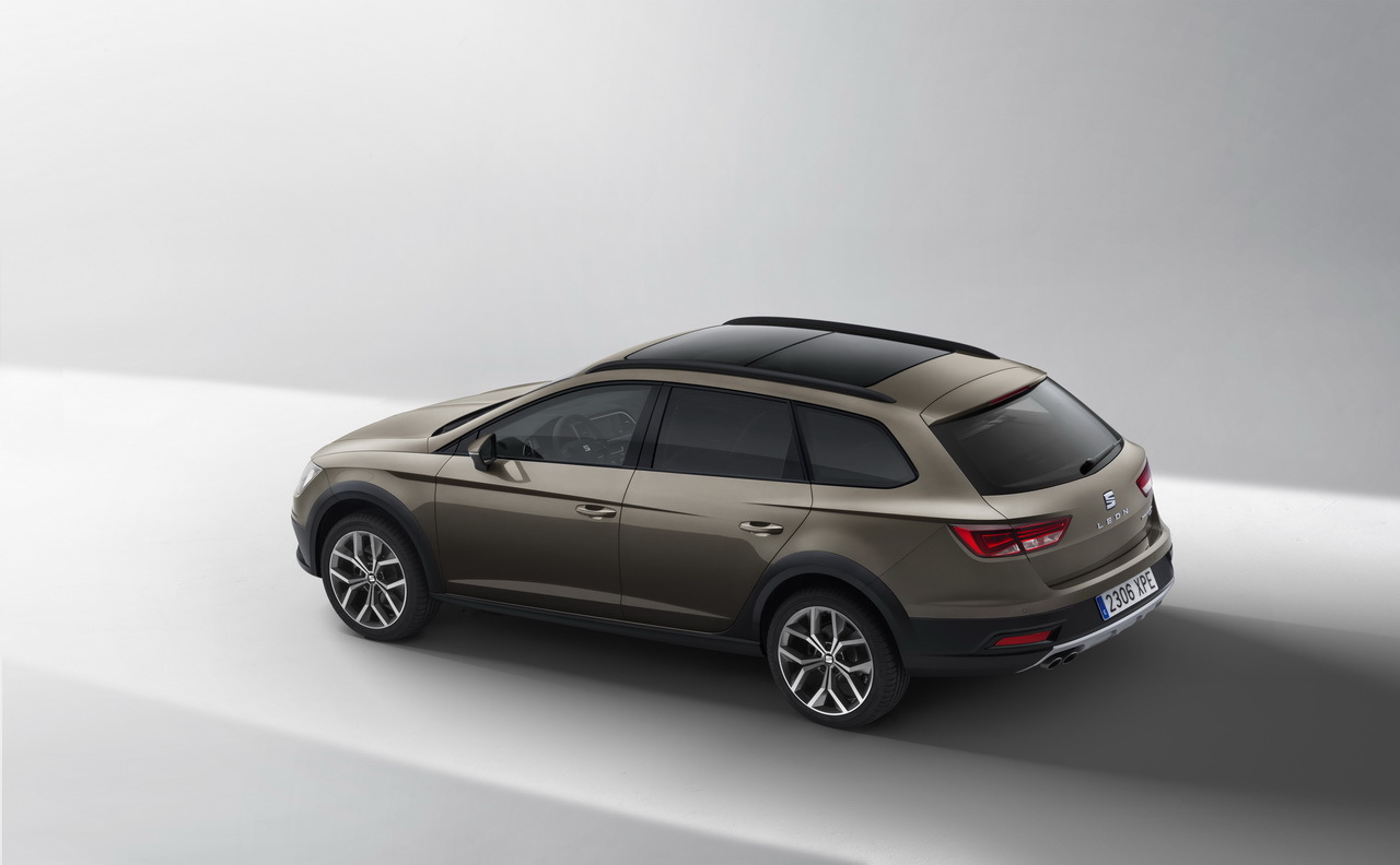 seat leon x perience un break tout chemin en attendant. Black Bedroom Furniture Sets. Home Design Ideas