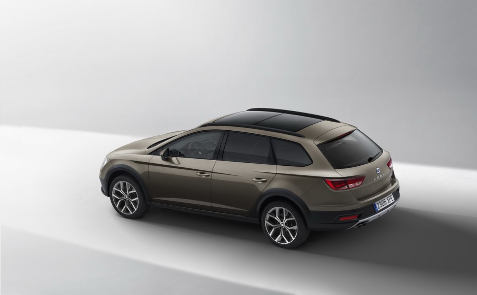 seat leon x perience un break tout chemin en attendant un vrai suv photo 9 l 39 argus. Black Bedroom Furniture Sets. Home Design Ideas