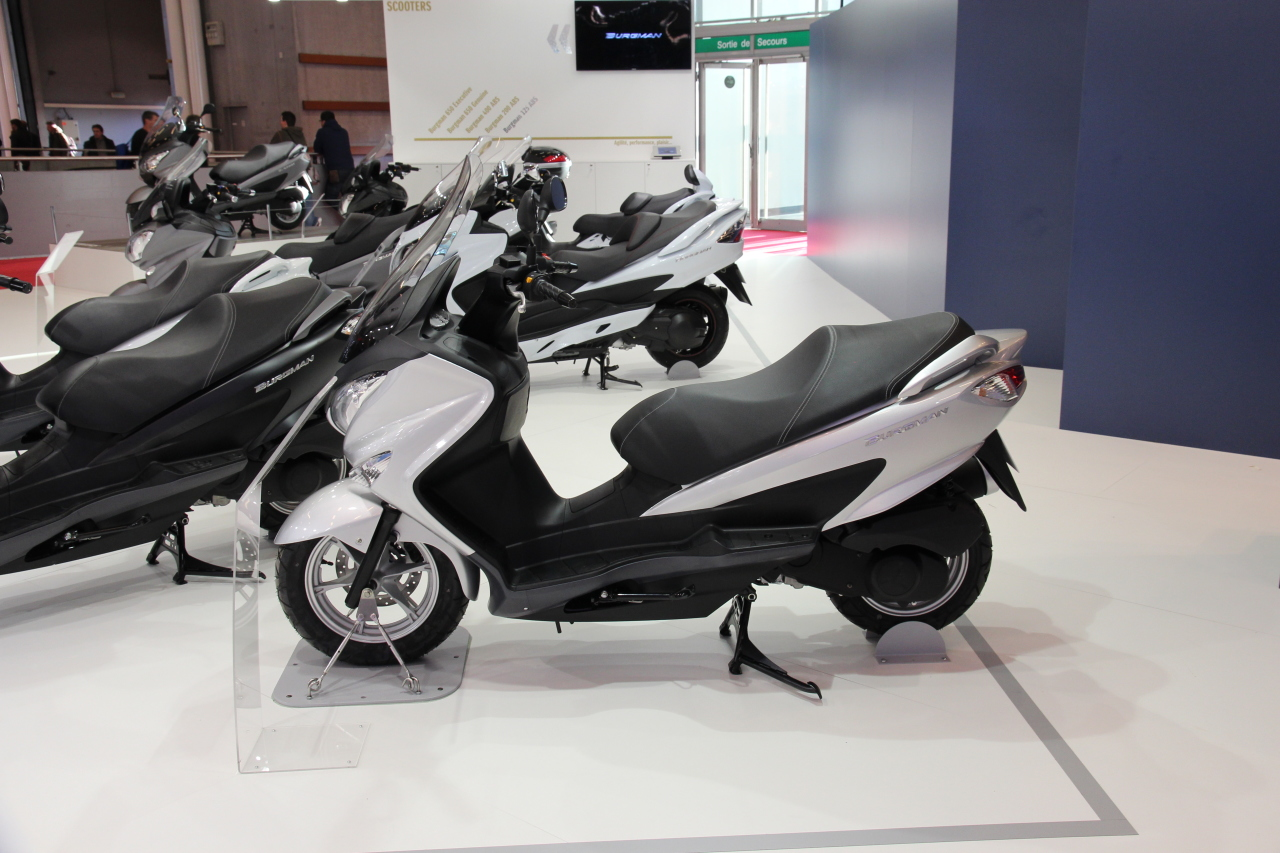 salon de la moto de paris 2013 suzuki burgman 125 200. Black Bedroom Furniture Sets. Home Design Ideas