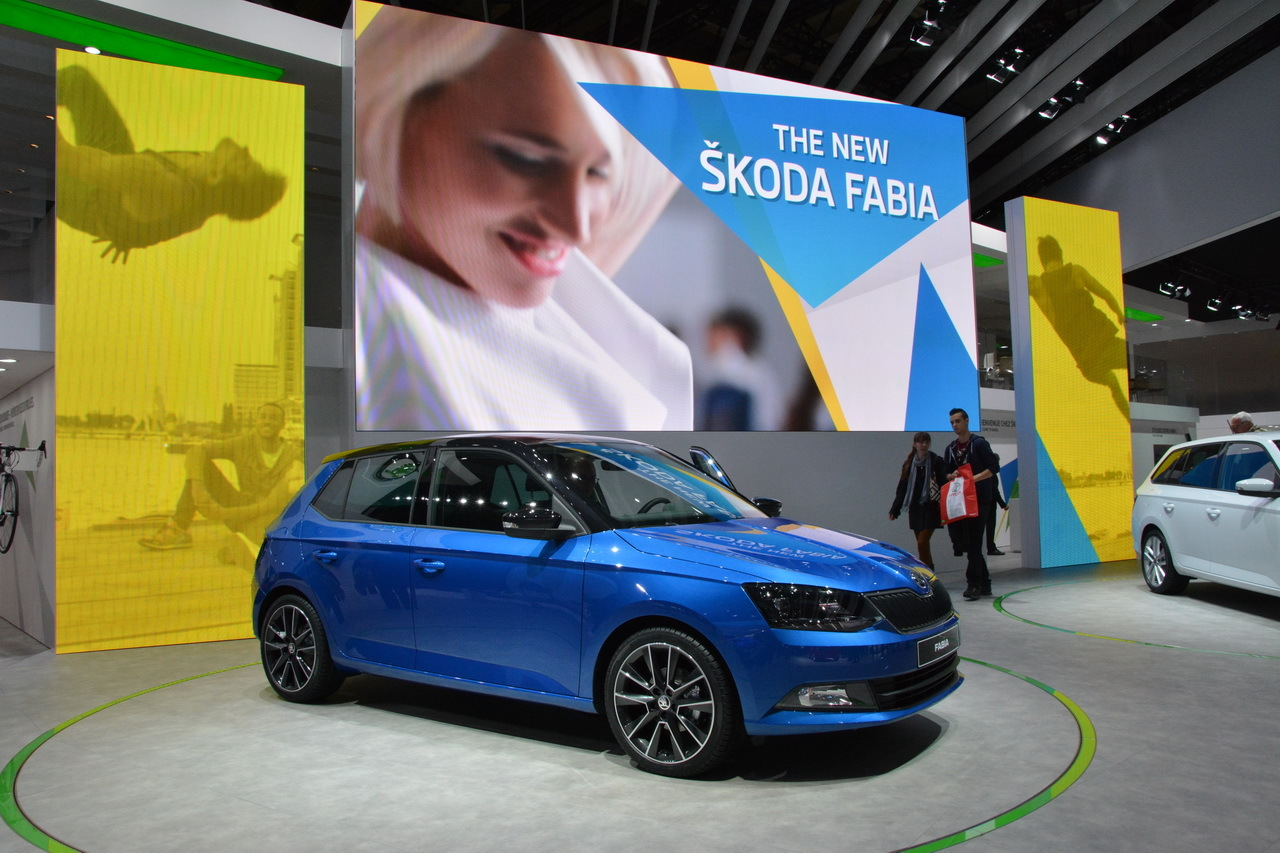 la skoda fabia iii envoie les couleurs au mondial de l. Black Bedroom Furniture Sets. Home Design Ideas