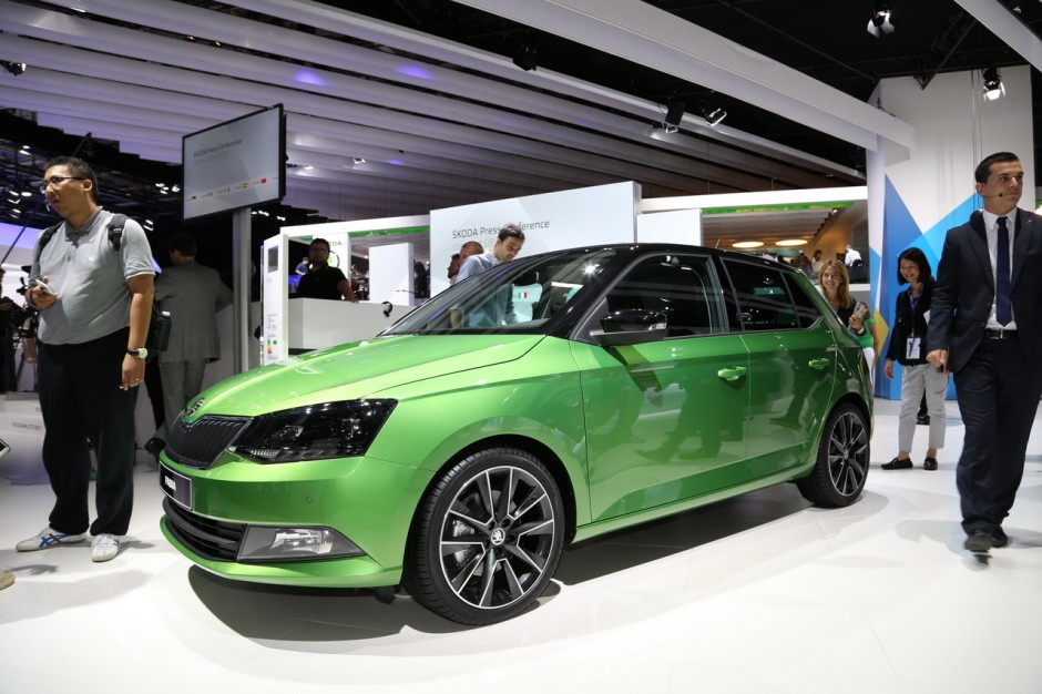 prix skoda fabia 2015 des tarifs partir de 12 640 euros photo 2 l 39 argus. Black Bedroom Furniture Sets. Home Design Ideas