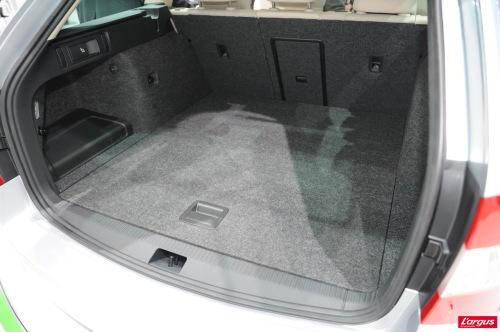 votre voiture vous que vous avez ou pas charette et cie page 860 29961357 sur le. Black Bedroom Furniture Sets. Home Design Ideas