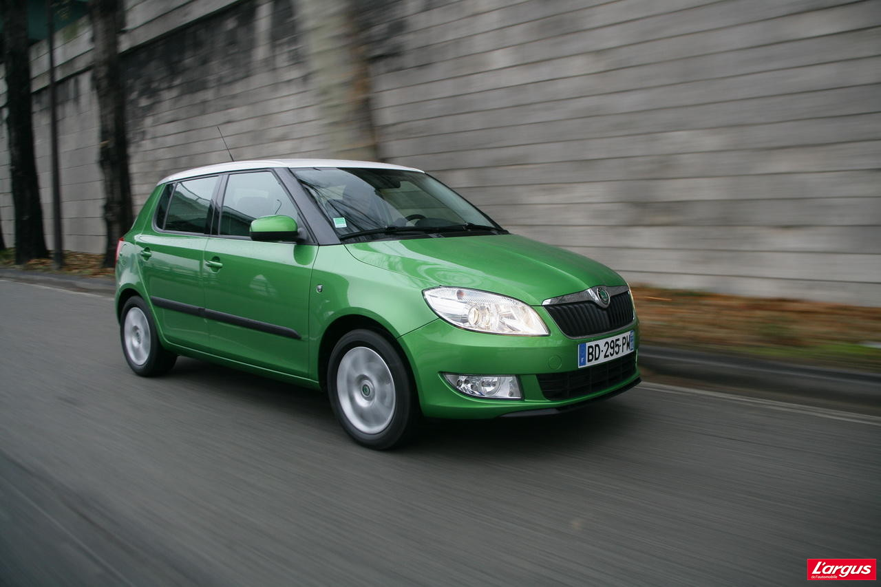 essai nouvelle skoda fabia 1 2 tdi 75 2010 l 39 argus. Black Bedroom Furniture Sets. Home Design Ideas