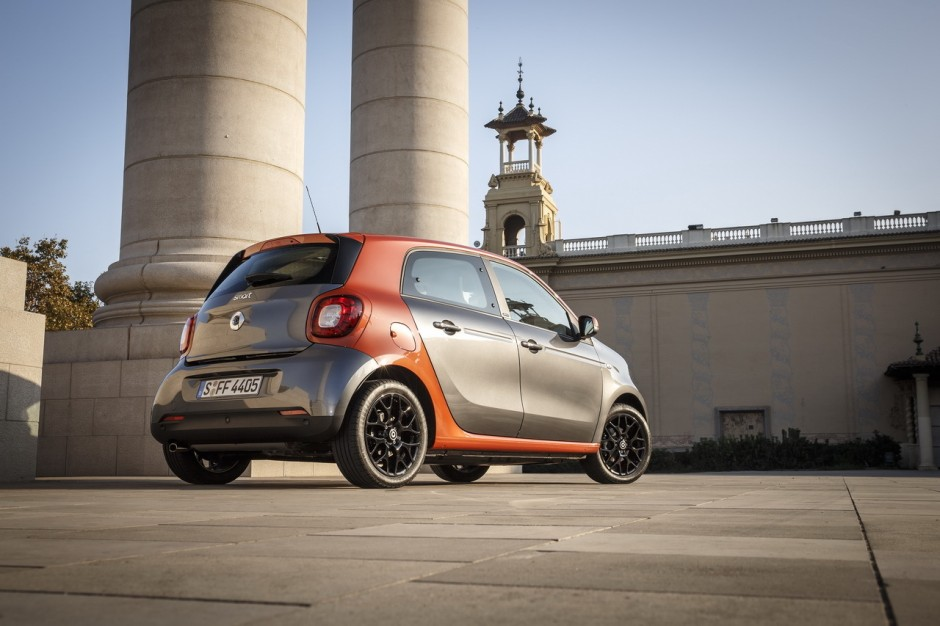 essai smart forfour 2014 la twingo des villes s 39 appelle forfour photo 47 l 39 argus. Black Bedroom Furniture Sets. Home Design Ideas