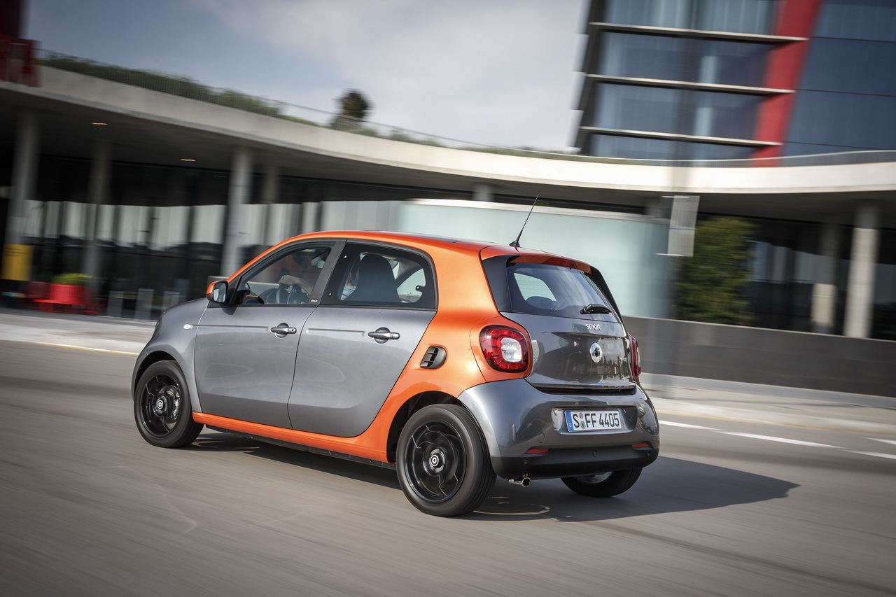 essai smart forfour 2014 la twingo des villes s 39 appelle forfour photo 55 l 39 argus. Black Bedroom Furniture Sets. Home Design Ideas