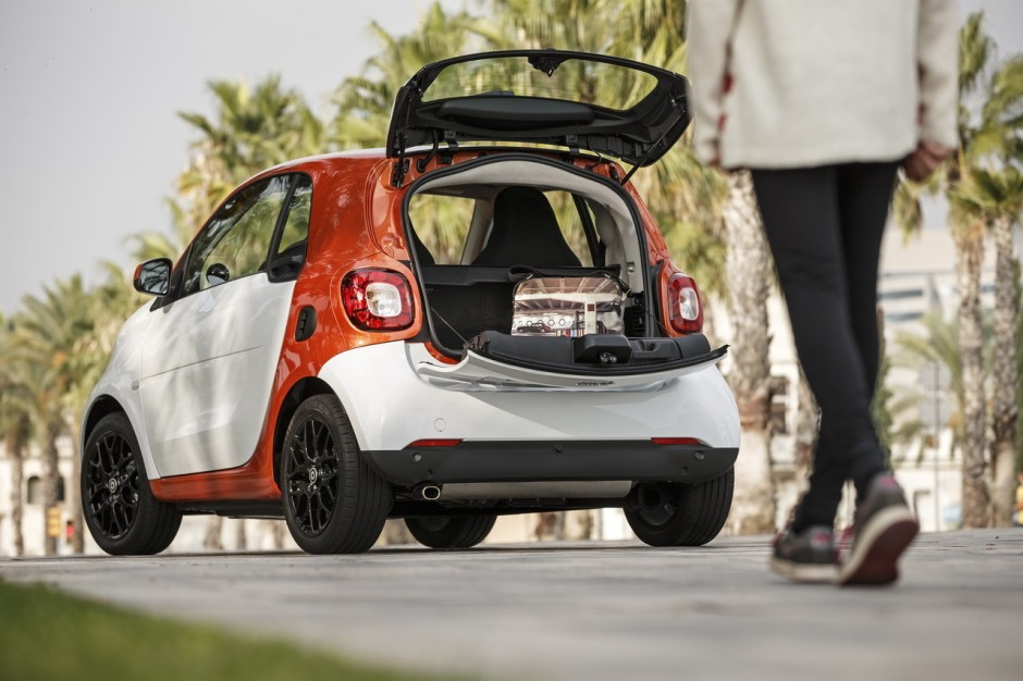 essai smart fortwo 2014 elle est devenue une vraie voiture photo 56 l 39 argus. Black Bedroom Furniture Sets. Home Design Ideas