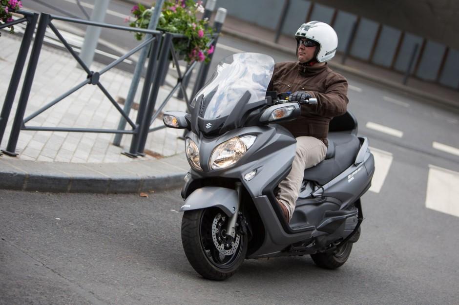 essai du maxi scooter suzuki burgman 650 photo 17 l 39 argus. Black Bedroom Furniture Sets. Home Design Ideas