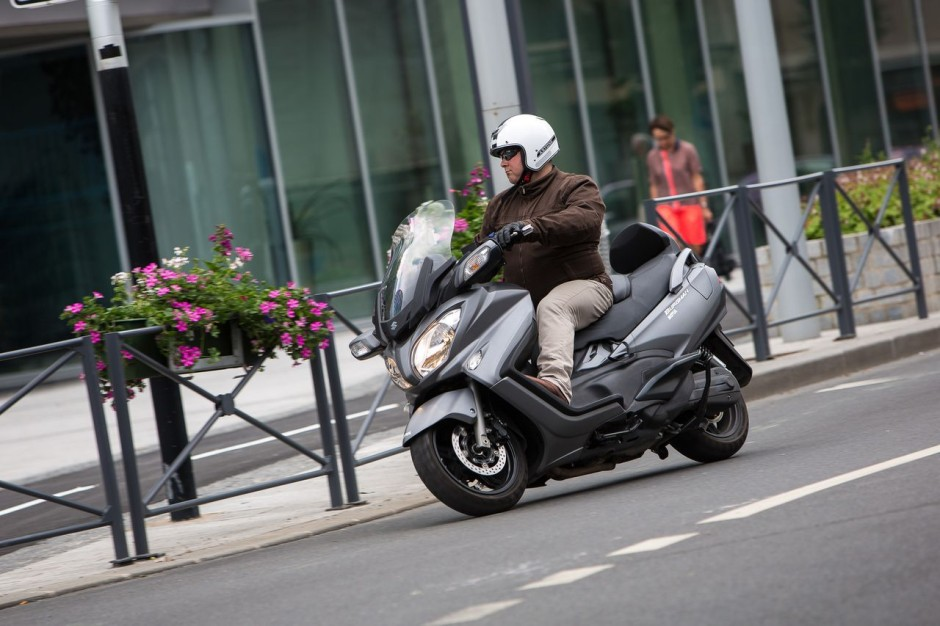 essai du maxi scooter suzuki burgman 650 photo 18 l 39 argus. Black Bedroom Furniture Sets. Home Design Ideas