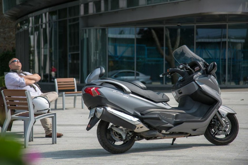 essai du maxi scooter suzuki burgman 650 photo 32 l 39 argus. Black Bedroom Furniture Sets. Home Design Ideas
