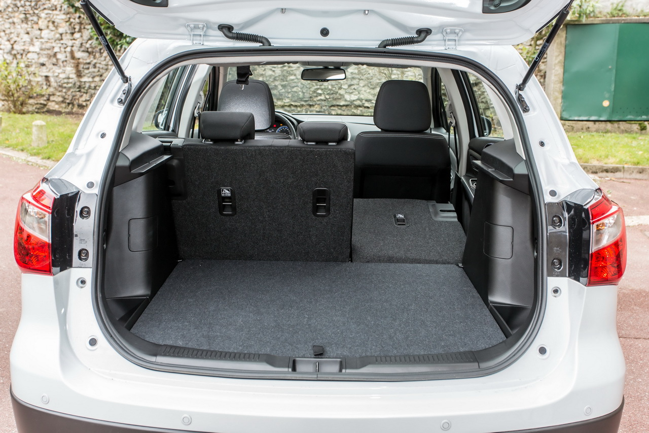 essai du suzuki sx4 s cross diesel 2013 photo 26 l 39 argus. Black Bedroom Furniture Sets. Home Design Ideas