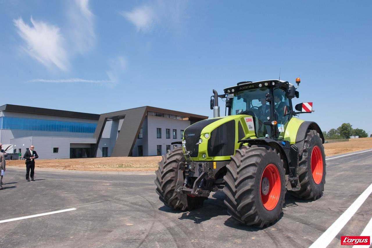 claas a inaugur son centre d 39 essais et de validation des tracteurs photo 1 l 39 argus. Black Bedroom Furniture Sets. Home Design Ideas