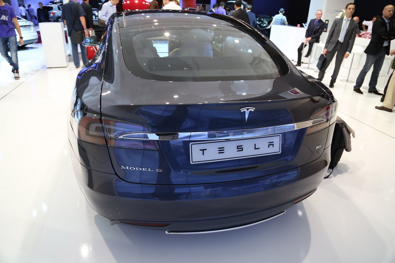 tesla model s la voiture id ale pour les taxis et vtc photo 19 l 39 argus. Black Bedroom Furniture Sets. Home Design Ideas