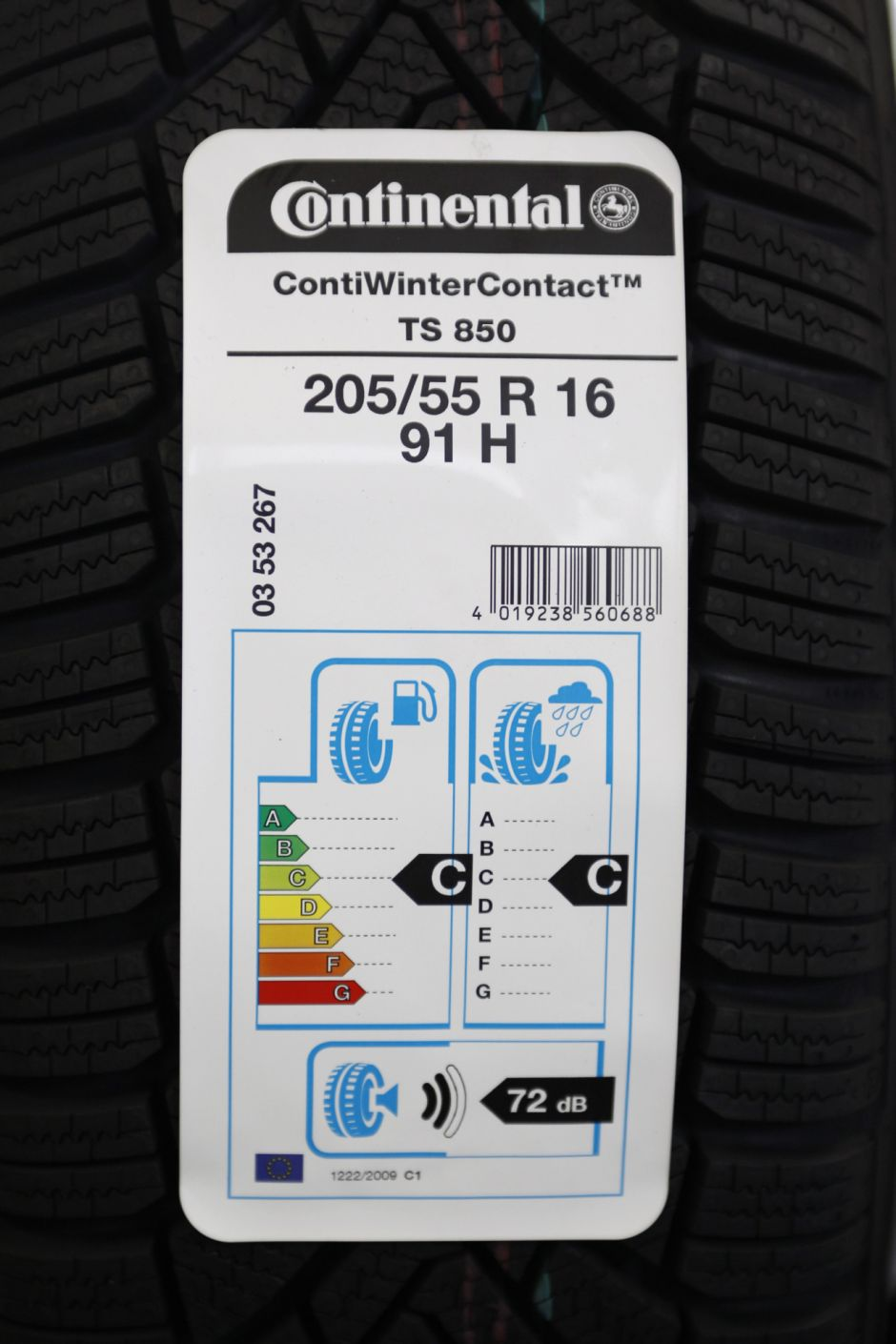 test exclusif quels sont les meilleurs pneus suv photo 16 l 39 argus. Black Bedroom Furniture Sets. Home Design Ideas