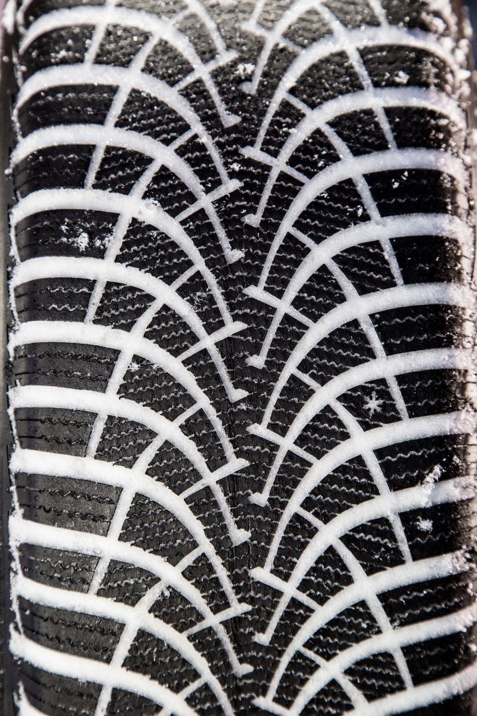 test exclusif quel est le meilleur pneu hiver 2014 2015 photo 48 l 39 argus. Black Bedroom Furniture Sets. Home Design Ideas