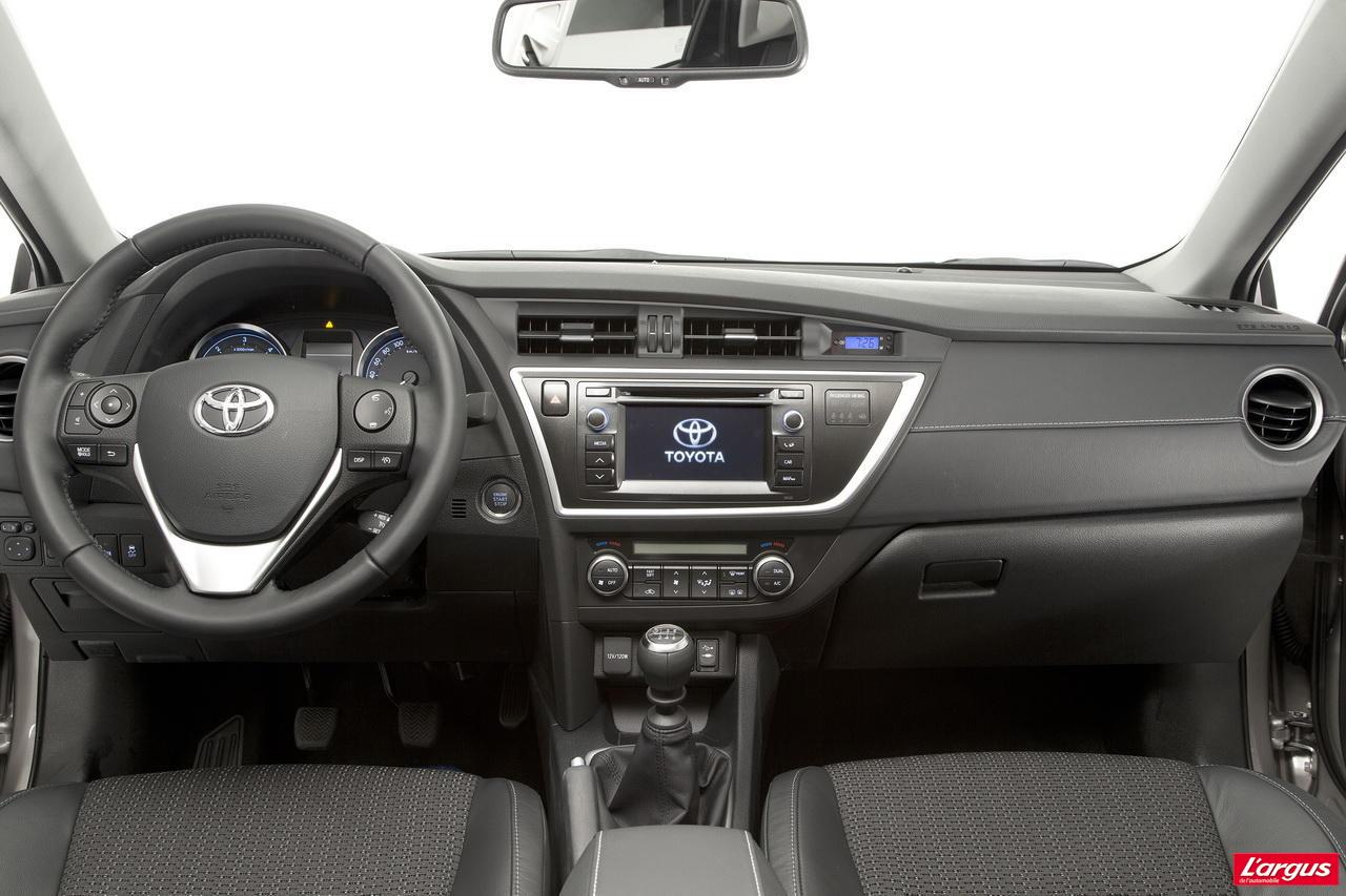 Toyota Auris - La nouvelle Auris restylée sera aussi ...