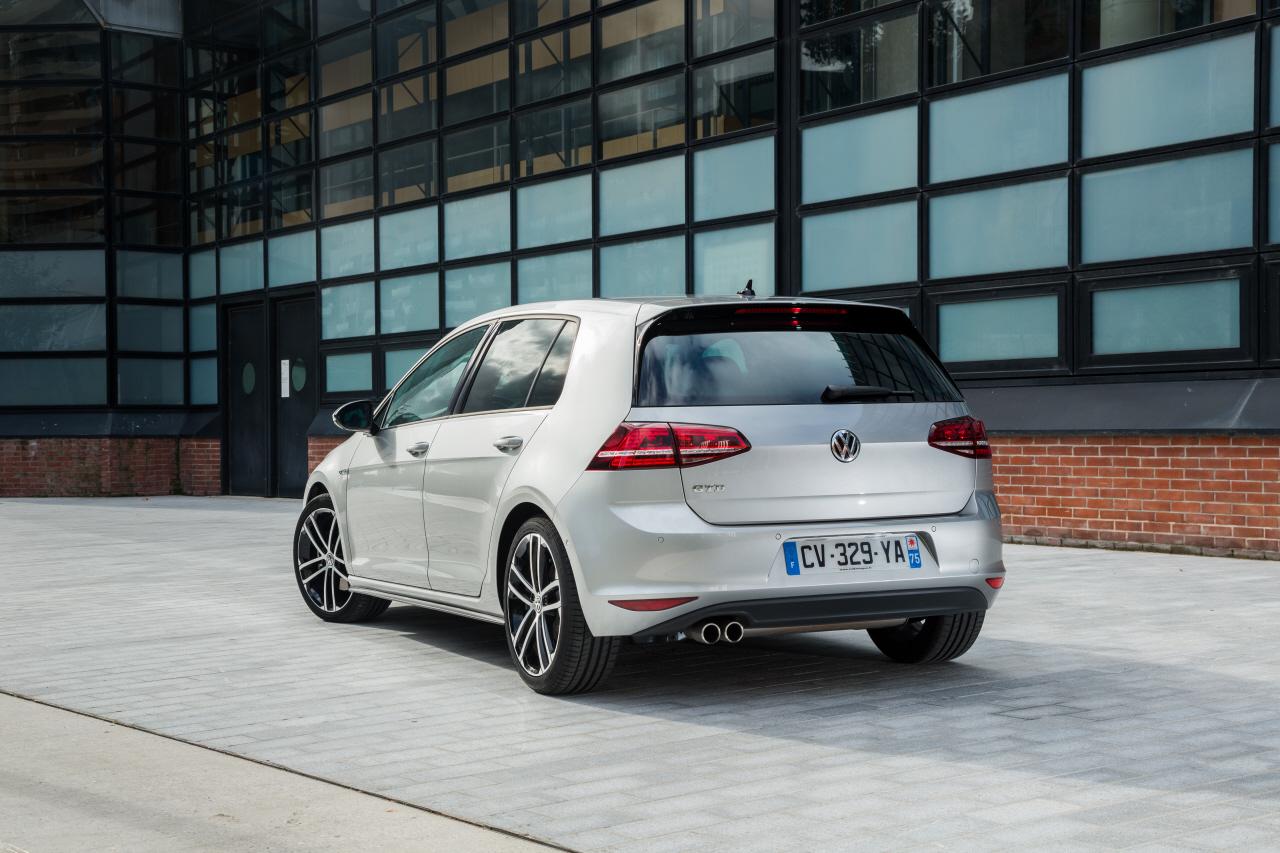 Essai Volkswagen Golf GTD : une GTI diesel de 184 ch ! - L ...  Essai Volkswage...