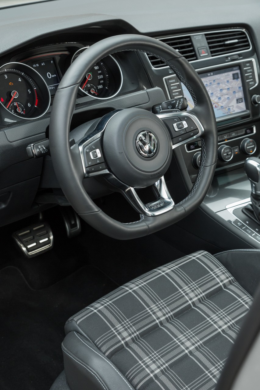 essai volkswagen golf gtd une gti diesel de 184 ch photo 35 l 39 argus. Black Bedroom Furniture Sets. Home Design Ideas