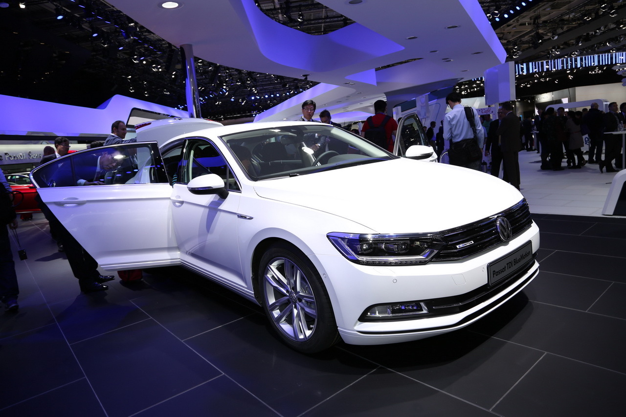 la volkswagen passat bluemotion 2015 devrait s duire les entreprises l 39 argus. Black Bedroom Furniture Sets. Home Design Ideas