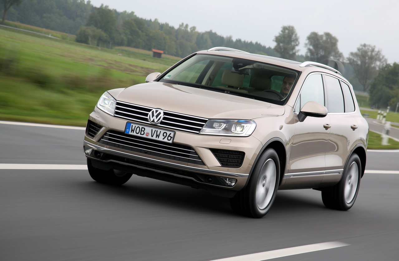 essai volkswagen touareg restyl 2014 un suv qui garde le cap l 39 argus. Black Bedroom Furniture Sets. Home Design Ideas