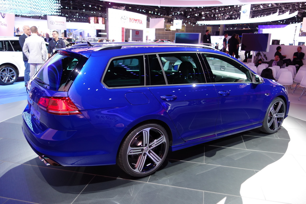 volkswagen golf r sw un break quattro de 300 ch mais pas en france photo 7 l 39 argus. Black Bedroom Furniture Sets. Home Design Ideas