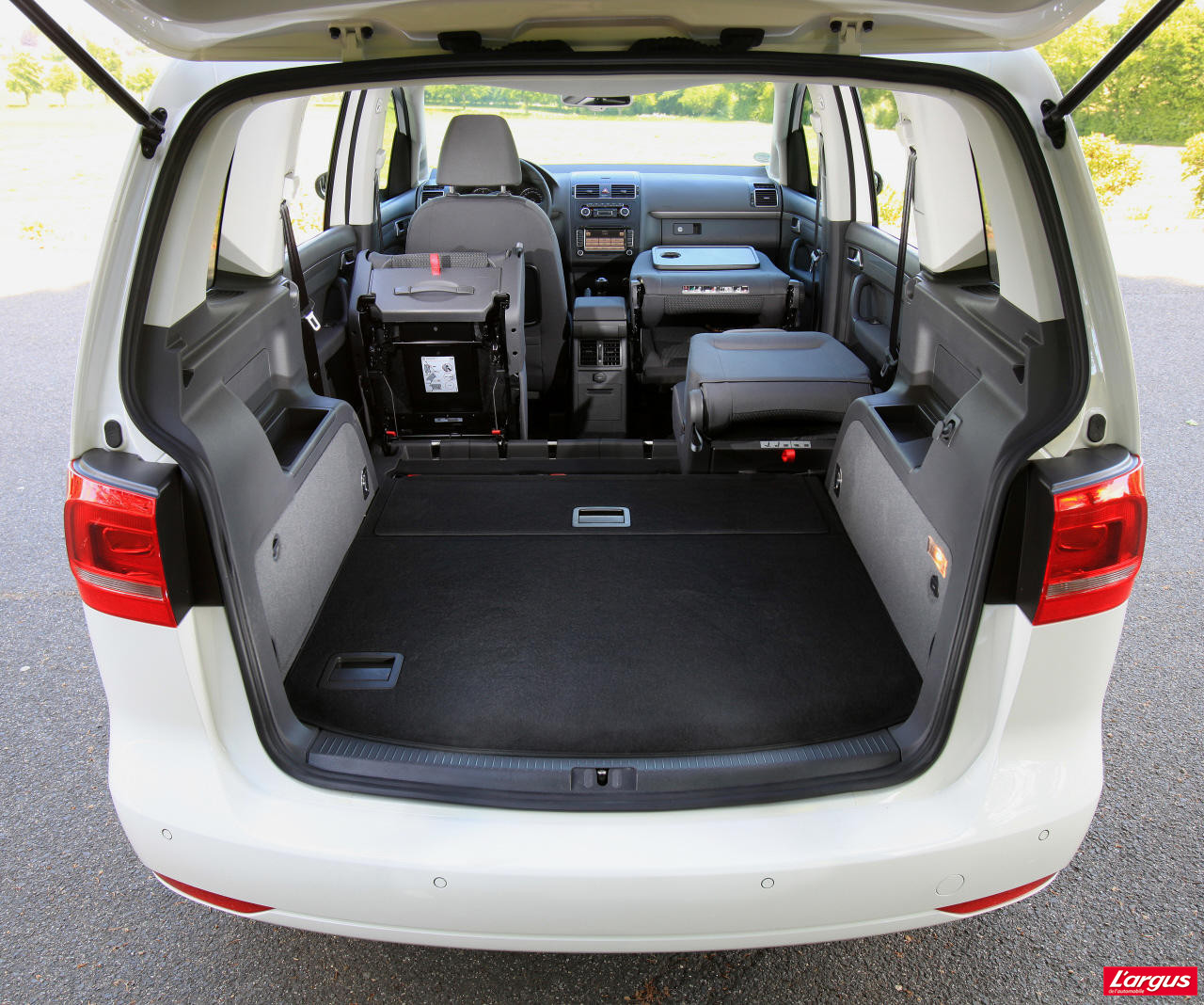 essai volkswagen touran 1 6 tdi 105 bluemotion photo 19 l 39 argus. Black Bedroom Furniture Sets. Home Design Ideas