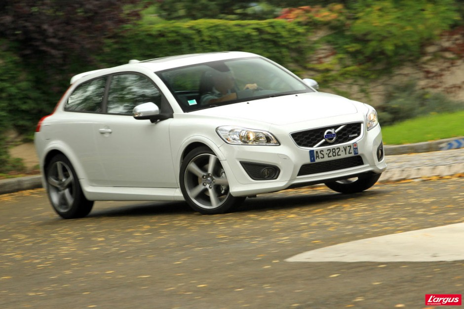 essai volvo c30 d4 r design photo 11 l 39 argus