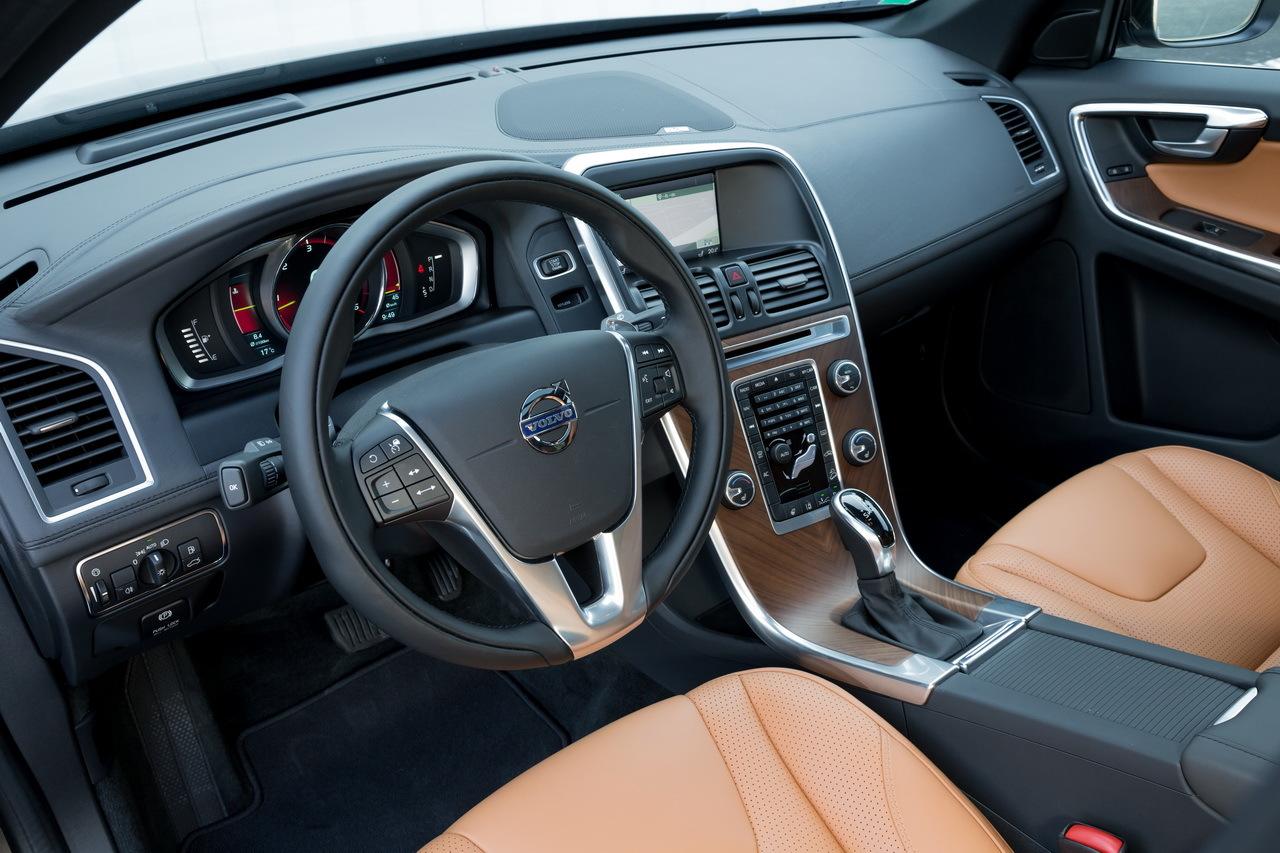 Essai Volvo Xc60 >> Essai Du Volvo Xc60 D4 2014 Une Deuxieme Jeunesse L Argus
