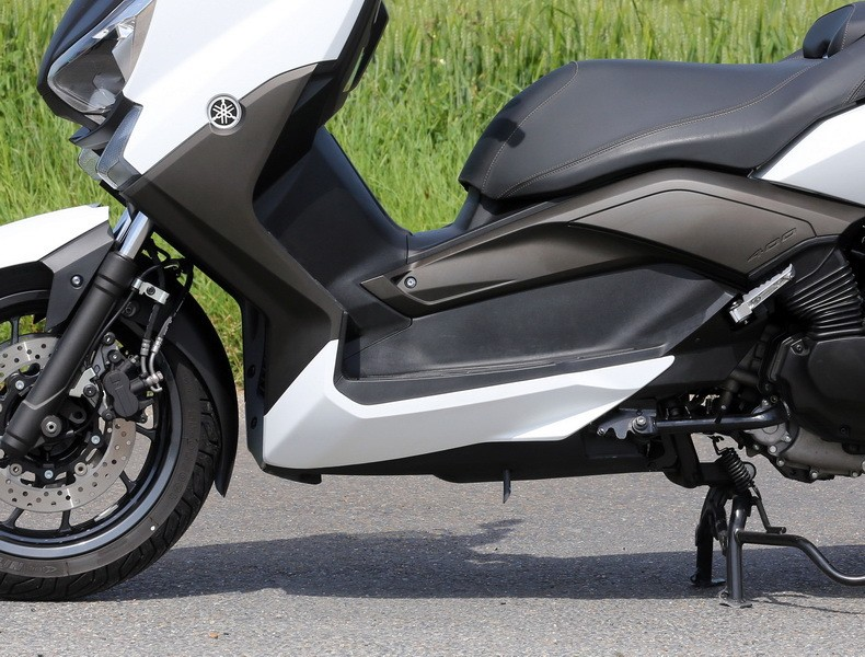 essai du maxi scooter yamaha x max 400 photo 3 l 39 argus. Black Bedroom Furniture Sets. Home Design Ideas