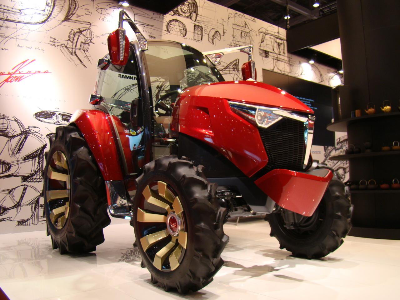 le tracteur du futur au salon de tokyo 2013 l 39 argus. Black Bedroom Furniture Sets. Home Design Ideas