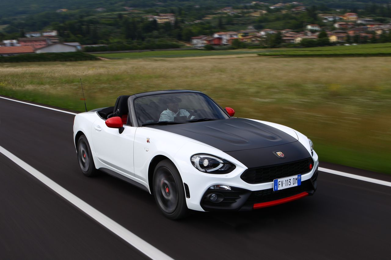 essai abarth 124 spider 2016 choisis ton camp camarade photo 6 l 39 argus. Black Bedroom Furniture Sets. Home Design Ideas
