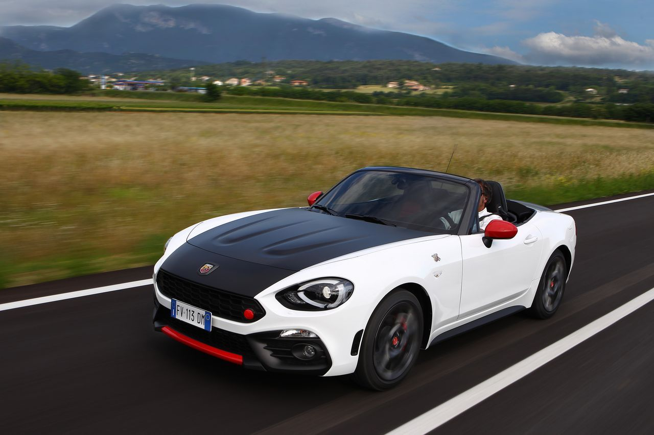 essai abarth 124 spider 2016 choisis ton camp camarade photo 7 l 39 argus. Black Bedroom Furniture Sets. Home Design Ideas