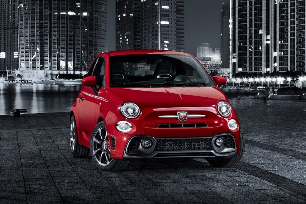 nouvelle abarth 595 une fiat 500 encore plus virile photo 3 l 39 argus. Black Bedroom Furniture Sets. Home Design Ideas