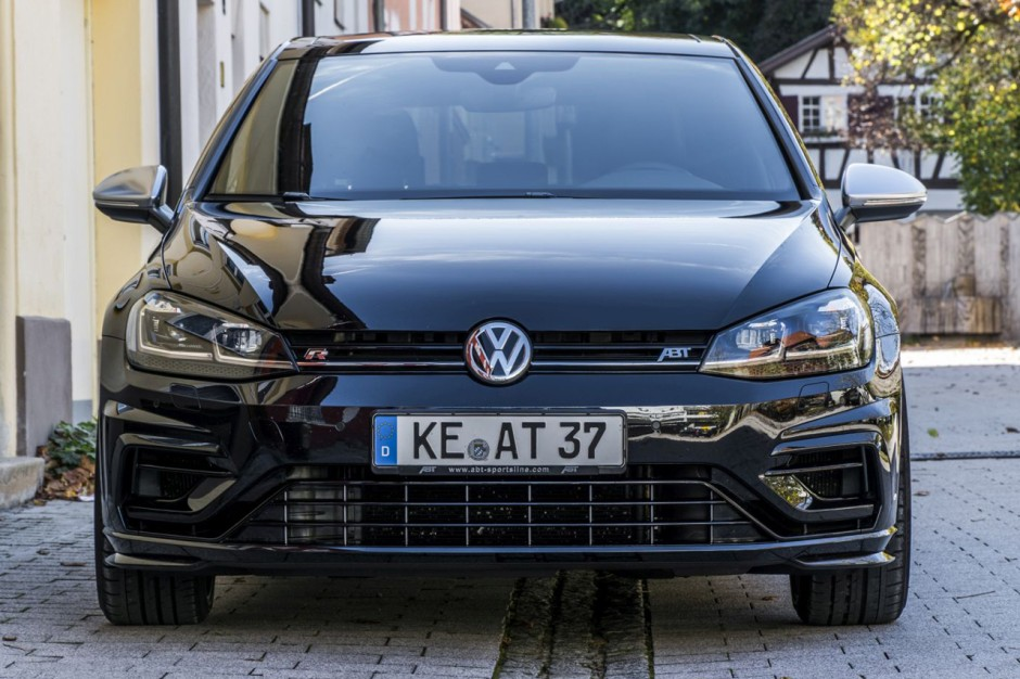 volkswagen golf r 400 elle est pr te chez abt photo 2 l 39 argus. Black Bedroom Furniture Sets. Home Design Ideas