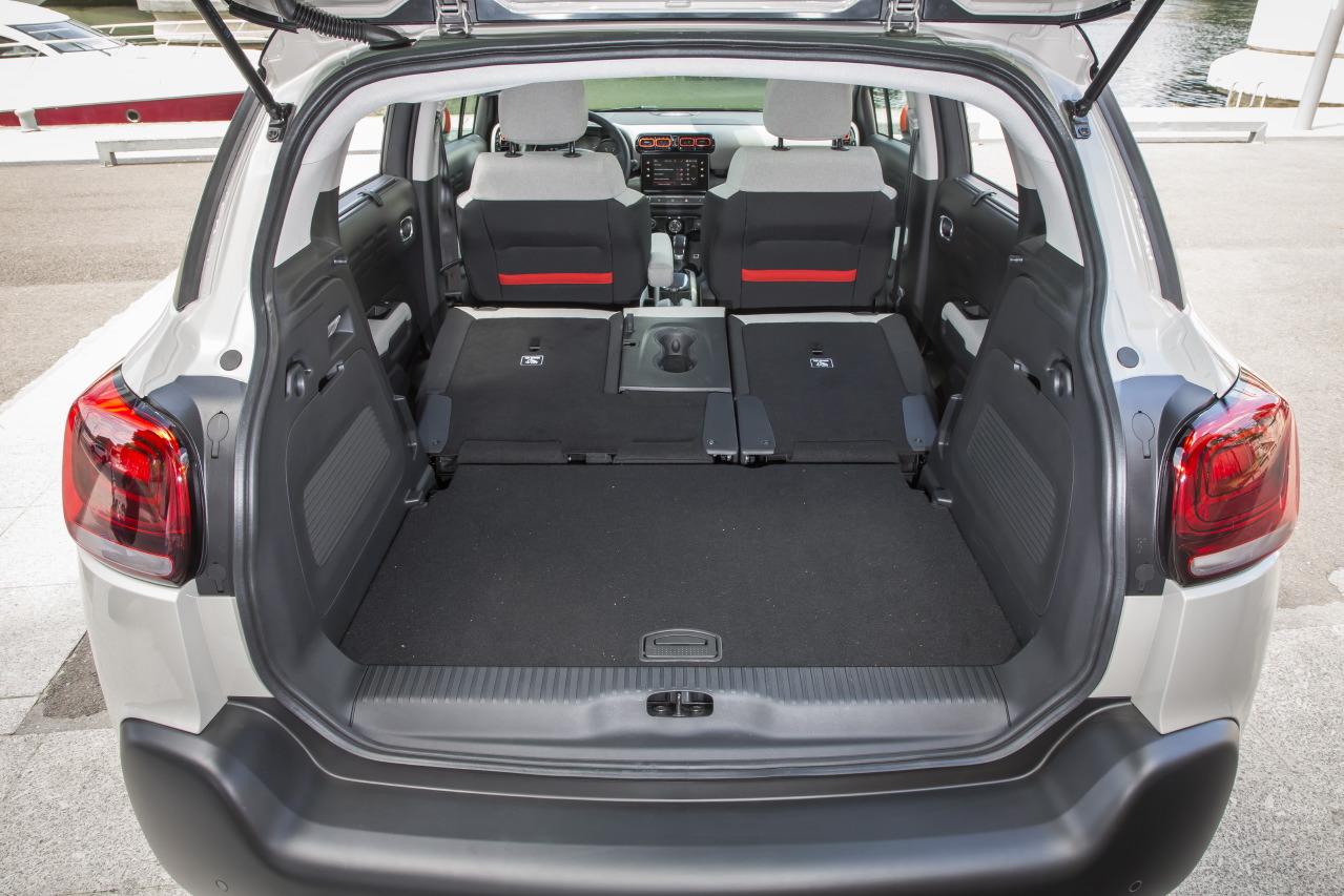 Dimension Renault Captur >> Citroën C3 Aircross vs Renault Captur : duel de SUV urbains en vidéo - Photo #21 - L'argus