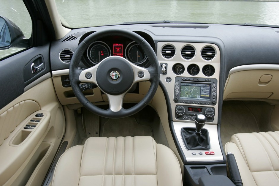 essai alfa romeo 159 sw 2 4 jtdm q tronic photo 11 l 39 argus. Black Bedroom Furniture Sets. Home Design Ideas