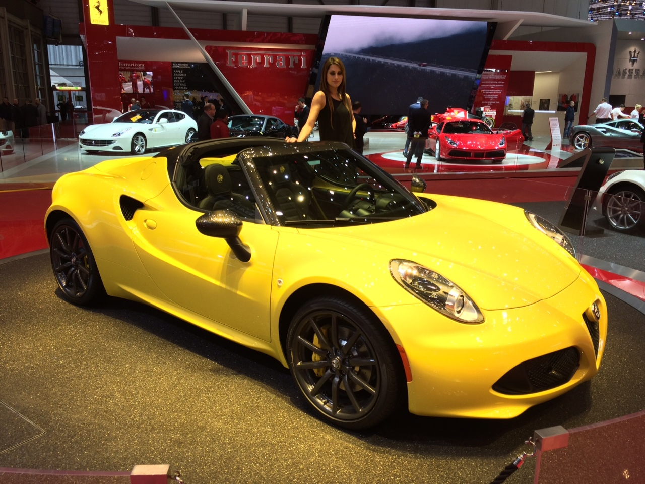 Genève 2015 : coup de coeur pour l'Alfa Romeo 4C Spider - L'argus