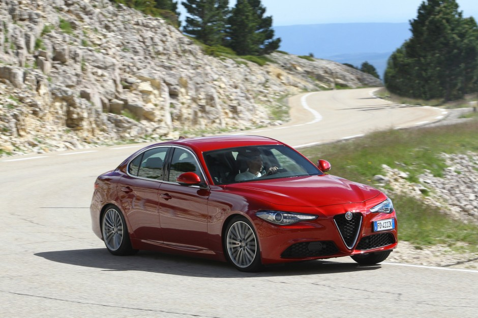 alfa romeo giulia sport 2017 une nouvelle finition au catalogue photo 1 l 39 argus. Black Bedroom Furniture Sets. Home Design Ideas