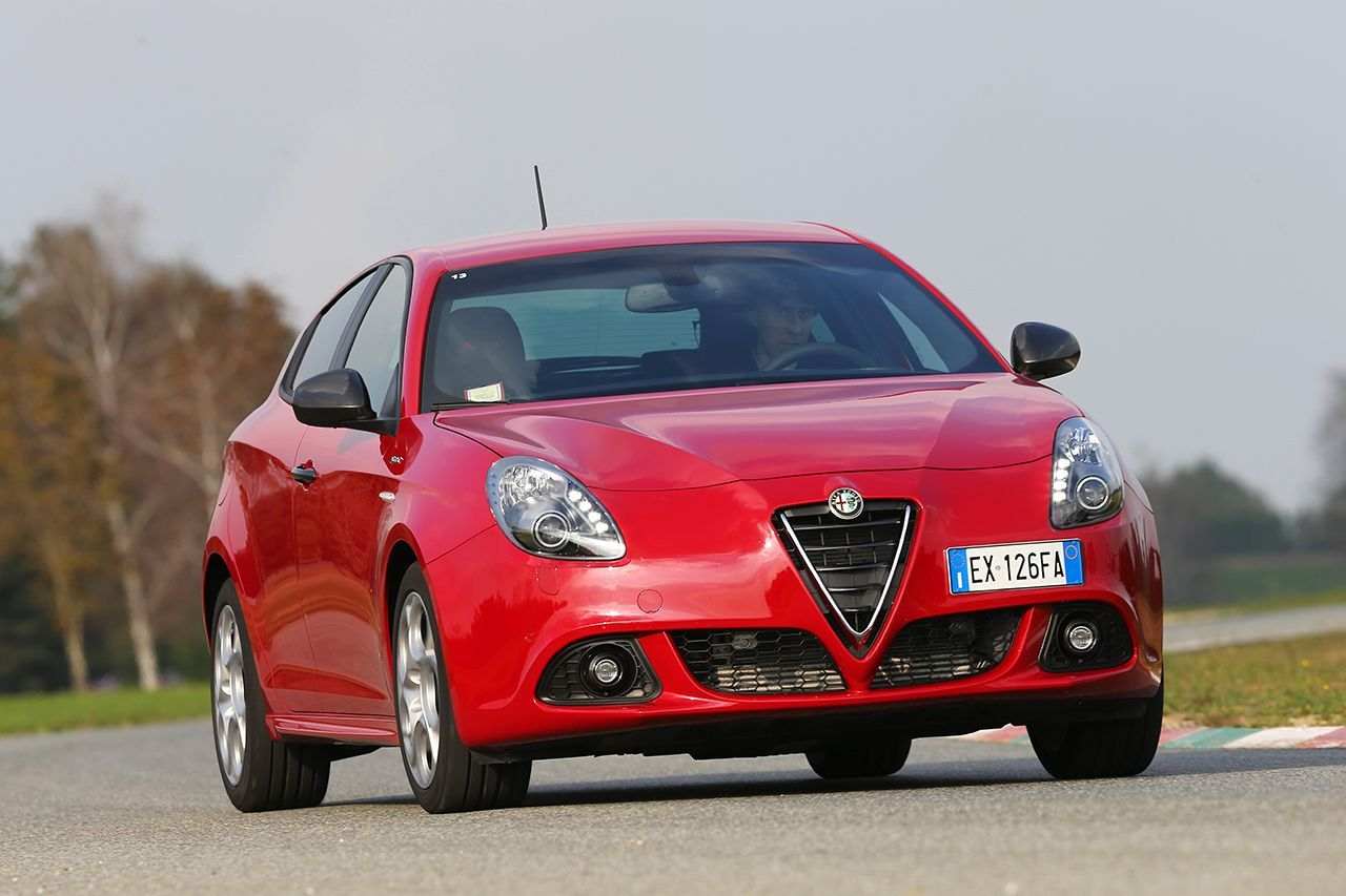 alfa romeo giulietta sprint 2014 sprint final photo 7 l 39 argus. Black Bedroom Furniture Sets. Home Design Ideas