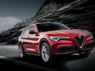 Alfa Romeo Stelvio First Edition (2017). Les commandes sont ouvertes