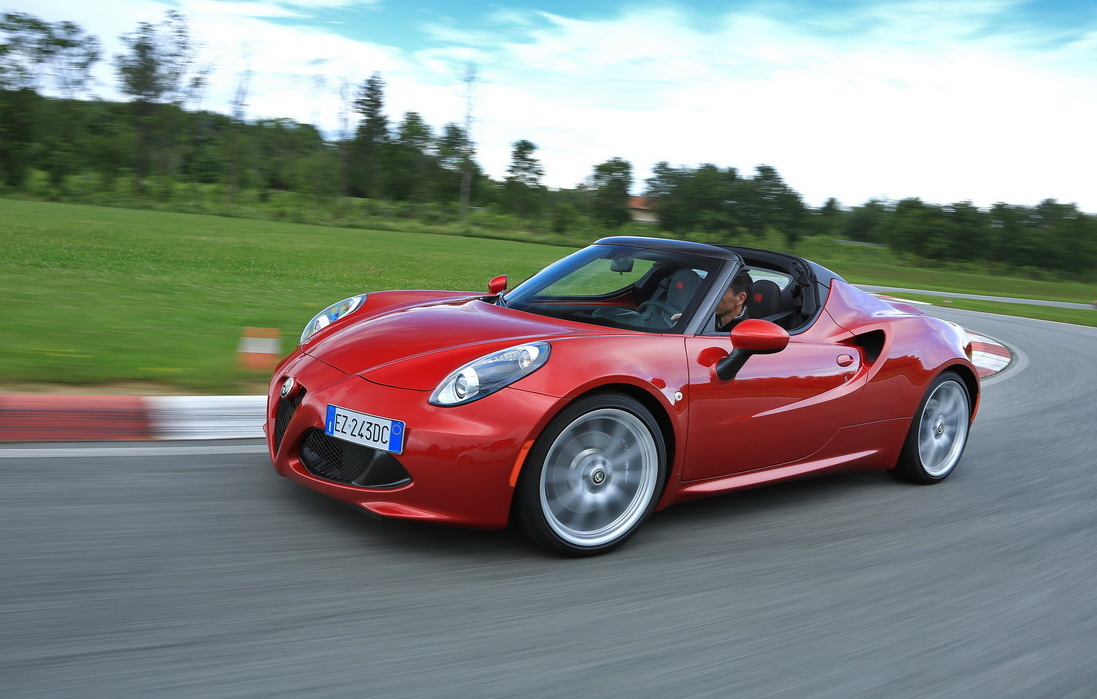 actualit essai alfa romeo 4c spider. Black Bedroom Furniture Sets. Home Design Ideas