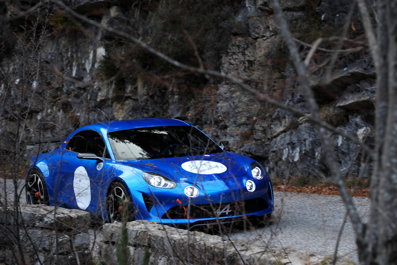 alpine a110 quand l 39 argus remonte le col de turini en berlinette photo 6 l 39 argus. Black Bedroom Furniture Sets. Home Design Ideas