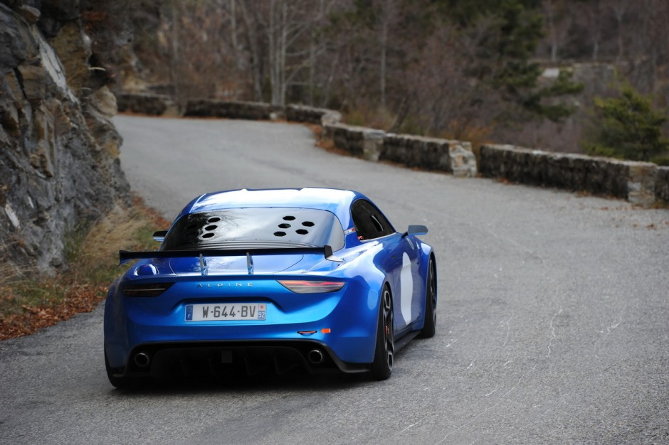 alpine a110 quand l 39 argus remonte le col de turini en berlinette photo 7 l 39 argus. Black Bedroom Furniture Sets. Home Design Ideas