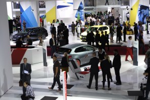 Est-il possible de faire de bonnes affaires au salon de l'auto à Paris ?