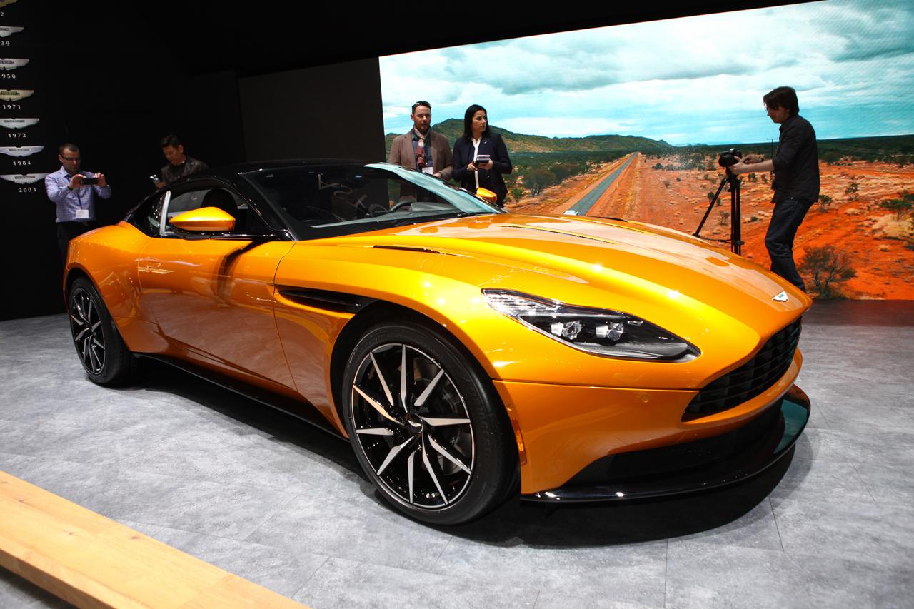 2016 - [Aston Martin] DB11 - Page 7 Aston-db11-geneve-2016-ac-03_1