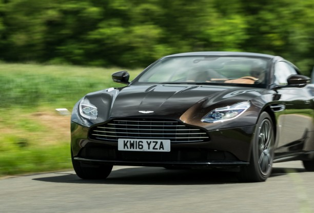 essai aston martin db11 la plus fascinante des gt l 39 argus. Black Bedroom Furniture Sets. Home Design Ideas